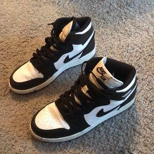 bfb94eee0b1 Jordan Shoes | Nike Air 1 Retro High Og Oreo Grade School | Poshmark